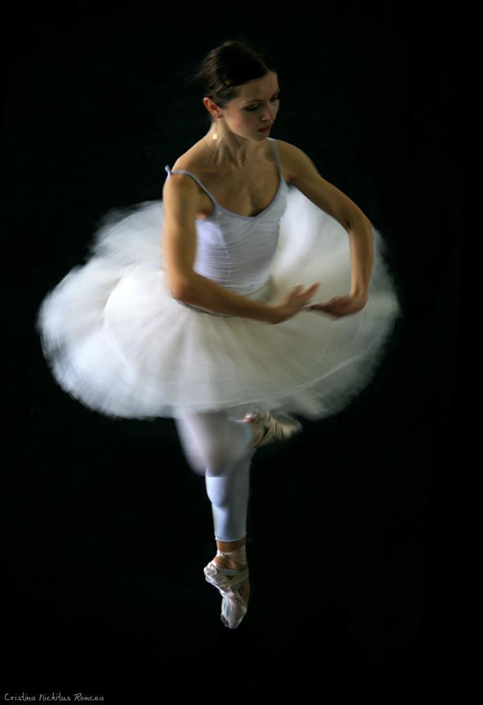 ballerina girl 04 - foto Cristina Nichitus Roncea