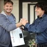 Cristian Botez si Victor Roncea - premiul Mile Carpenisan - foto Cristina Nichitus Roncea