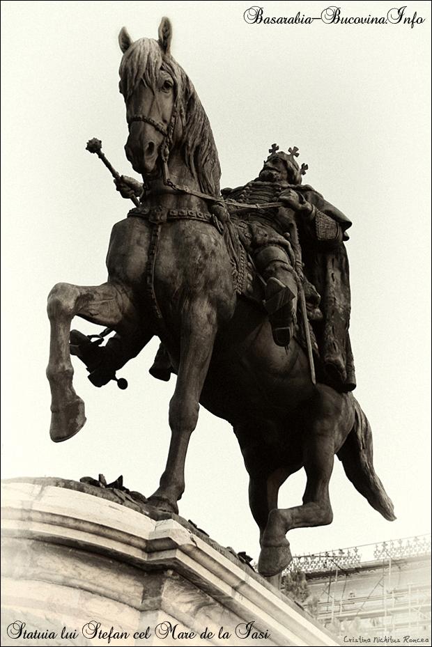 Statuia lui Stefan cel Mare de la Iasi