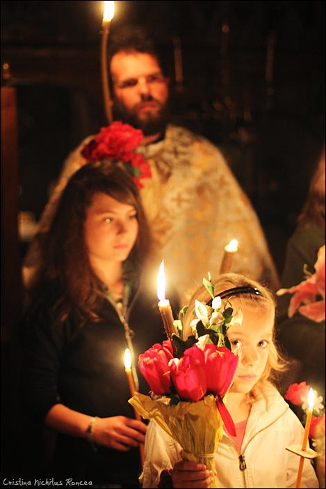 Sfintele Pasti in Tara Fagarasului 04 - foto Cristina Nichitus Roncea