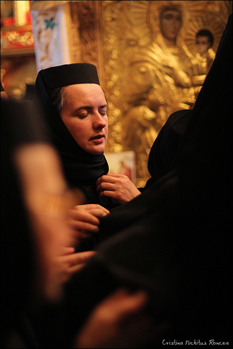 Inmormantarea Parintelui Justin Parvu 15 - foto Cristina Nichitus Roncea