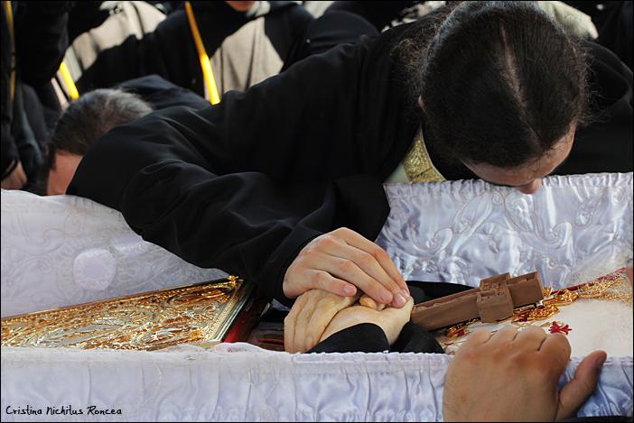 Inmormantarea Parintelui Justin Parvu 29 d - foto Cristina Nichitus Roncea