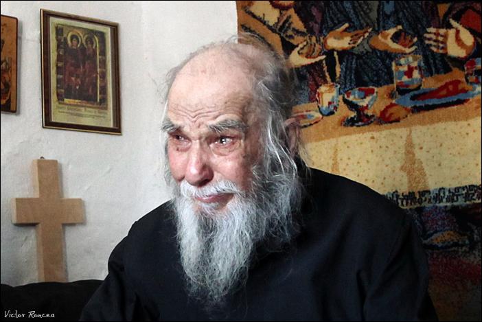 Inmormantarea Parintelui Justin Parvu 38 - foto Victor Roncea