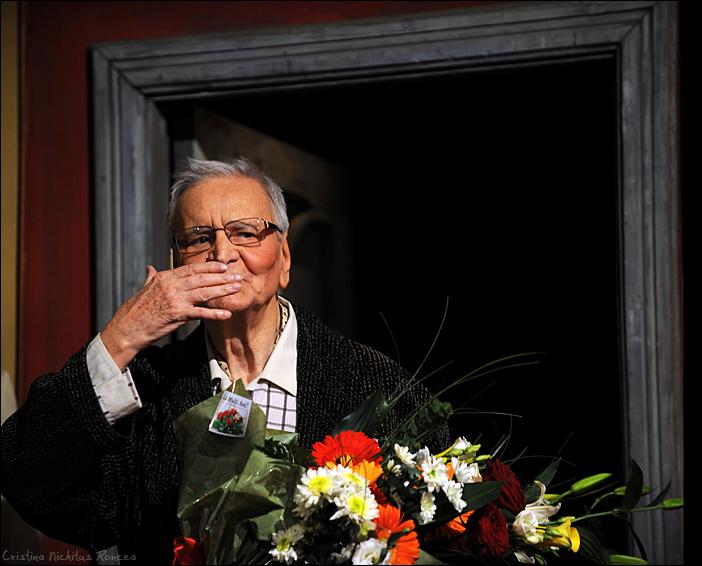 63 Radu Beligan - Aniversare 92 la TNB cu Egoistul - 2010 - foto Cristina Nichitus Roncea b
